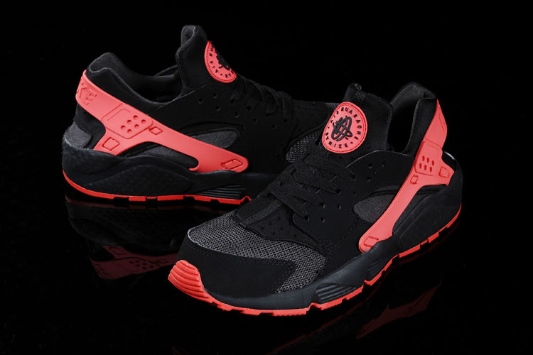 baskets nike air huarache rouge