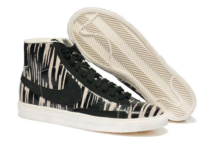 chaussure nike zebre
